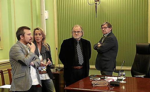 Martorell,Cardona,Manresa y el diputado socialista Thomàs.