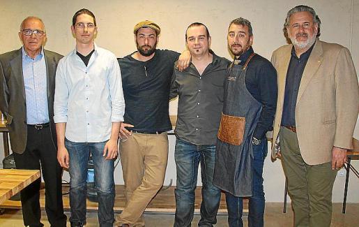Miquel Vallcaneras, Toni Vallcaneras, Borja Salas, Pep Vanrell, Igor Gobbi y Bernat Coll.