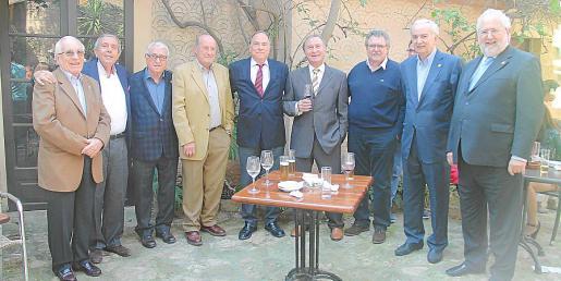 Joan Forteza, Miquel Miralles, Julià Mir, Ángel Gómez, Pep Lluís Giménez, Pep Jaume, Gaspar Torres, Xavier Cabotà y Ramón Calafat.