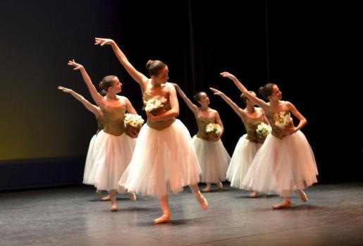 En la imagen, alumnas del Conservatorio Superior de Música y Danza.