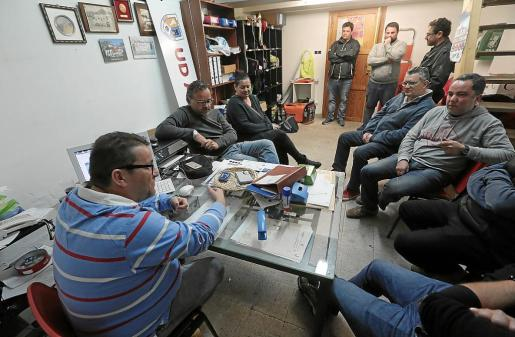 La junta gestora del Alaró presidida por Llorenç Guardiola resolvió por unanimidad retirar al equipo infantil de la competición.