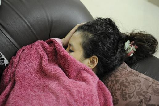 El cambio horario puede contribuir a aumentar la fatiga y las dificultades para conciliar el sueño.