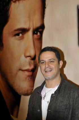 El cantante Alejandro Sanz tendrá su tercer hijo en verano.