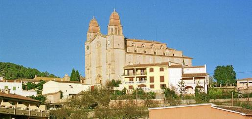 Imagen de la iglesia de San Juan Bautista en Calvià Vila, desde donde se podría retransmitir la misa en directo.