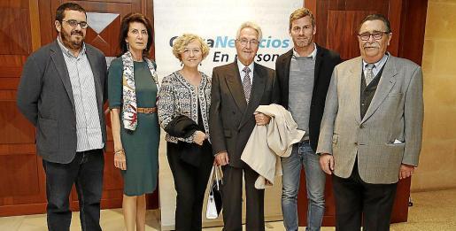 Vicens Vidal, Carmen Planas, Anna Nicholas, Felipe Moreno, Carlos Seguí y Miquel Artigues.