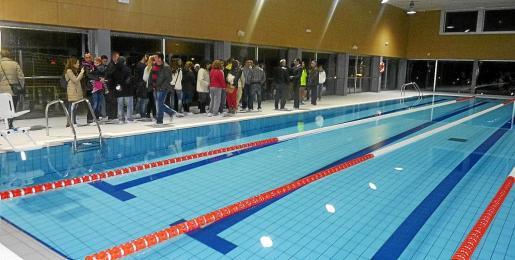 La piscina municipal climatizada se inauguró en el mes de diciembre de 2013 y se dió en concesión.