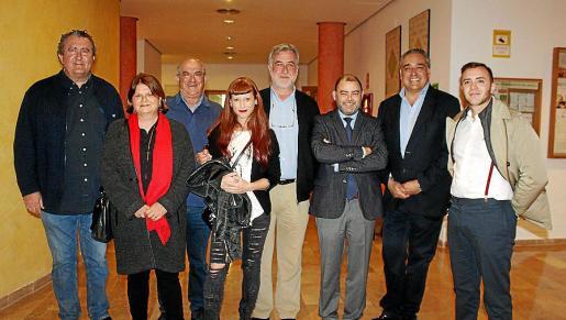 Ramon Servalls, Lydia E. Corral, Esteve Alcina, Ariadna Salvador, Sebastià Canyelles, Cosme Bonet, Fofo Robledo y Pau Navarro.