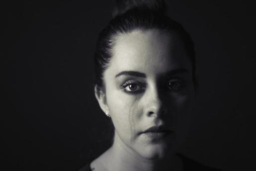 La OMS avisa de que la depresión en la adolescencia aumenta el riesgo de delincuencia y consumo de drogas en el futuro.