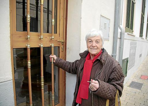 Margalida Canals, vecina de toda la vida de Esporles, vivió la explosión en una cafetería cercana.
