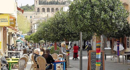 Las obras en el centro de la localidad durante el verano afectarian a los comercios.
