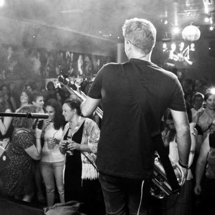 El músico Jaime Perpiñá recala en el Shamrock con una jam session.