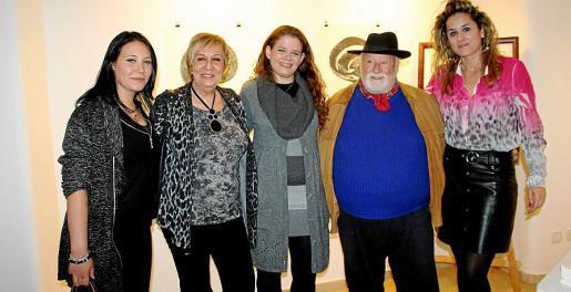 Nicole Grassi, Celia Velasco, Lucinda Nebot, Manolo Coronado y Rosa Vanrell.