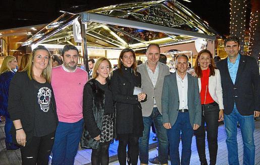 Izquierda: Maite Girado, Martí Ferrer, Susana García, Cristina Munar, Juan Ávila, Miguel Fernández de Peñaranda, Ana Castillo y Julio Martínez.