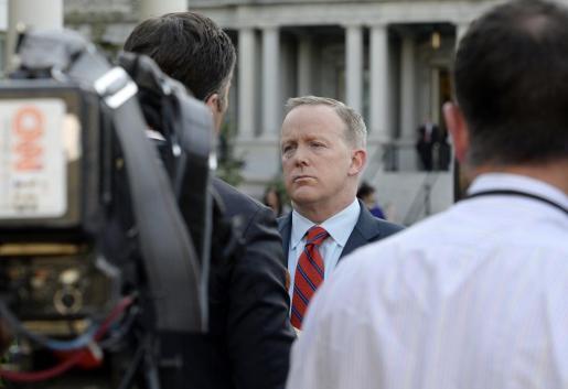 El secretario de Prensa de la Casa Blanca, ante los medios.