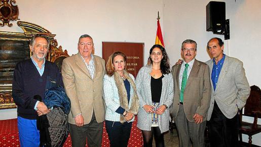 Virgilio Alemán, Juan Cifuentes, María Santos, Cristina Alemán, Teodoro Pou y Carlos Alemán.