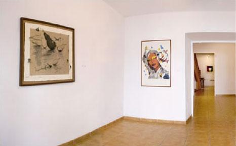 Un detalle de una de las salas de la galería de arte Addaya.