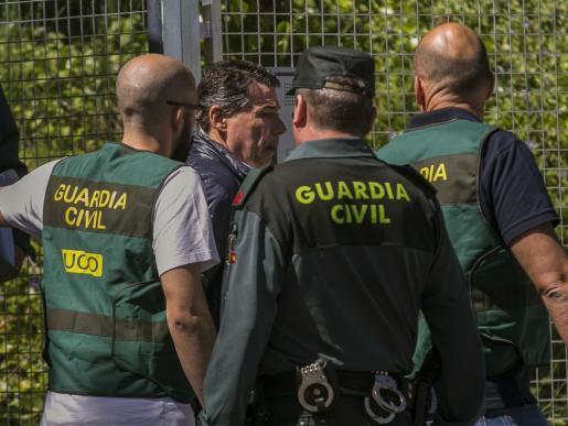 El expresidente de la Comunidad de Madrid Ignacio González es trasladado desde la Comandancia General de la Guardia Civil en Tres Cantos (Madrid) a la Audiencia Nacional para prestar declaración ante el juez Eloy Velasco.
