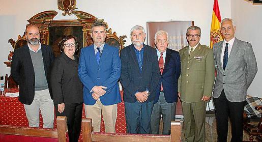 Rafael Durán, Francisca Barceló, Ángel Bovis, Ángel Aparicio, Gabriel Cañellas, Teodoro Pou y Eduardo Gutiérrez de Rubalcava.