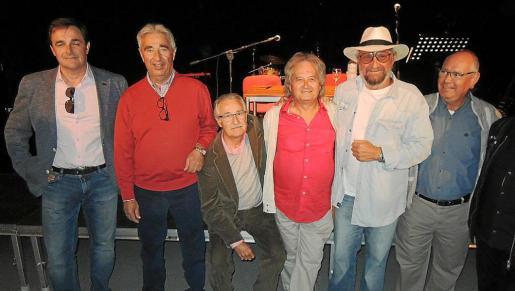 Xavier Oliver, Tomeu Oliver, Martí Gomila, Toni García, Tomeu Penya y Jordi Llagostera.