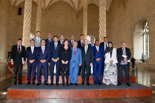 La presidenta del Govern, Francina Armengol reunida con parte de la Liga Árabe.