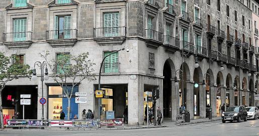 Loewe desaparecerá del local en la esquina de Jaume III con la Plaça Joan Carles I.