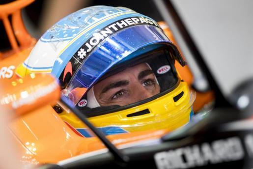El piloto español de Fórmula 1, Fernando Alonso, de McLaren-Honda, durante el Gran Premio de Rusia.