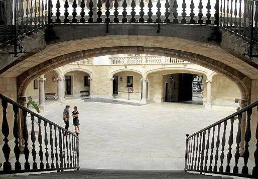 Imagen del patio interior de la Audiencia Provincial de Palma.