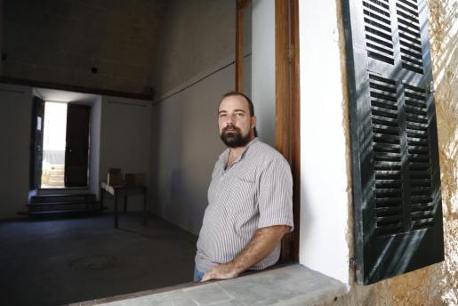 El poeta Pau Vadell Vallbona.