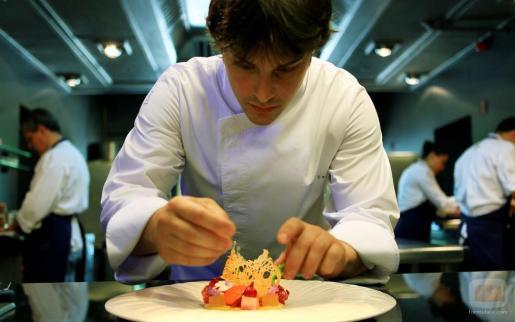 En la imagen, el chef Jordi Cruz.