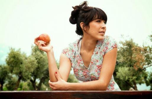 La cantante Anni B. Sweet participa en la fiesta de presentación del Mallorca Live Festival.
