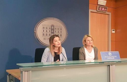 Prohens (izquierda) y Riera han informado sobre las iniciativas presentadas por los populares en el próximo pleno.