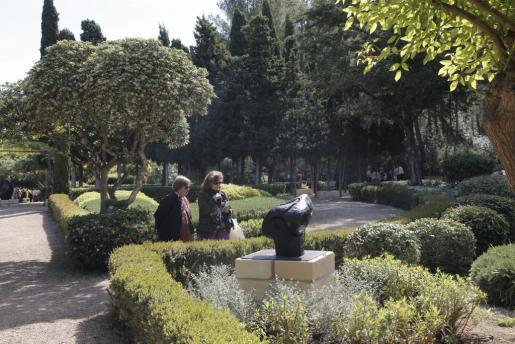 Imagen del pasado día 2 de mayo durante la jornada inaugural de visitas a los jardines de Marivent.
