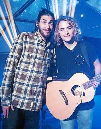 Imagen de Salvador Sobral con Manel Navarro, representante español en Eurovisión, hace unas semanas en Madrid.