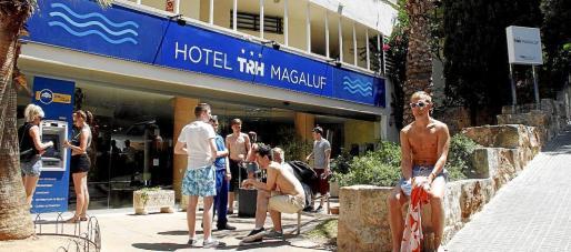Los hoteles de Magaluf que comercializan el todo incluido son los más afectados por intoxicaciones alimentarias falsas.