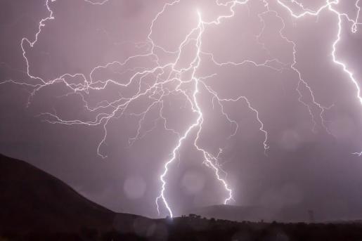Estos fenómenos son relativamente frecuentes durante esta época del año.