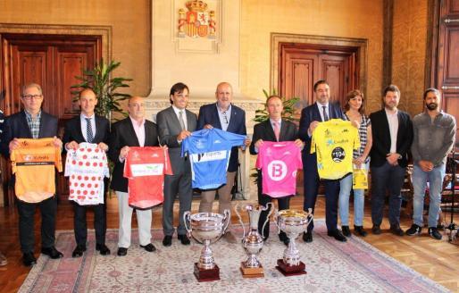 Momento de la presentación del 'Trofeo Ciclista Pla de Mallorca - Gran Premio CaixaBank'.
