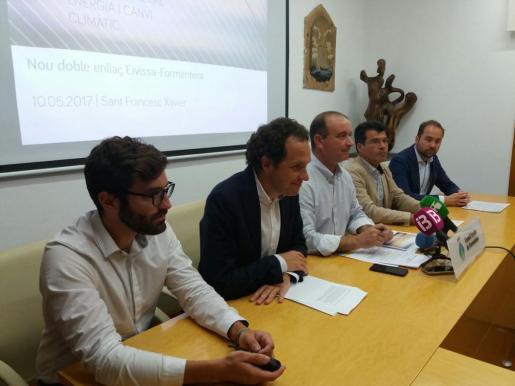 Este miércoles dando un paso hacia el cierre de la centras de Ca Marí, presentando el proyecto del nuevo cable entre Ibiza y Formentera.