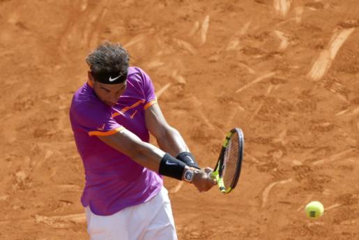 Rafael Nadal en su partido frente al italiano Fabio Fognini de segunda ronda del torneo Mutua Madrid Open.