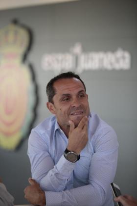 En la imagen, el entrenador del RCD Mallorca, Sergi Barjuan.