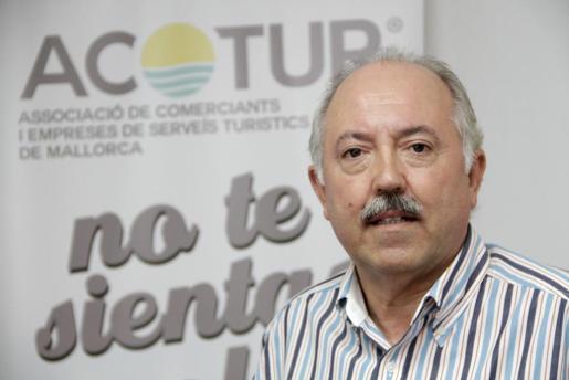 El presidente de Acotur, José Tirado.