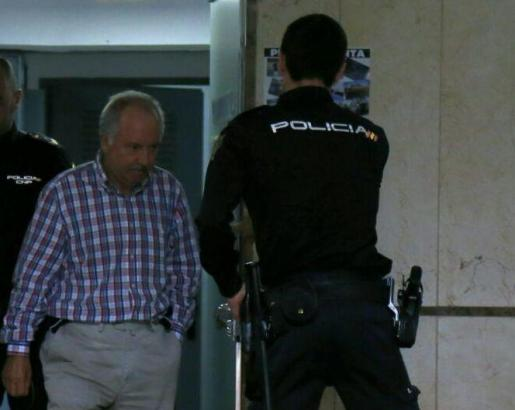 José Tirado, en los juzgados.