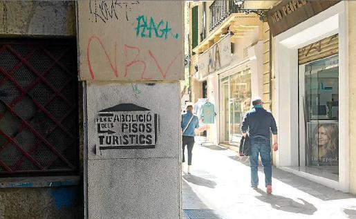 El alquiler turístico está provocando problemas de convivencia en el centro de Palma.