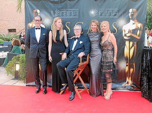 André Gerondeau, Isabel, Karl y Elizabeth Homberg y Helen Cummins.
