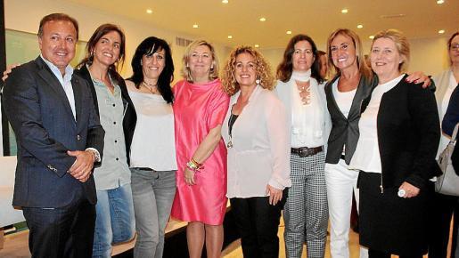 Joan Mesquida, Carmen Funes, María Salinas, Lucía Cerón, Jero Mayans, Cati Mayans, Ángela Seguí e Isabel Llinás.