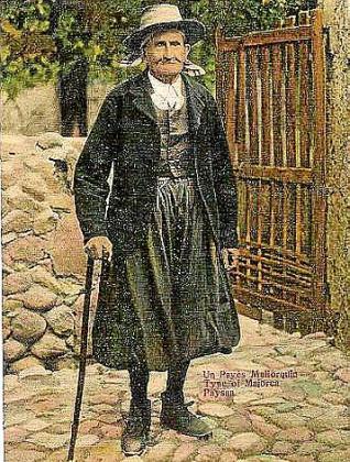 El 'padrí' de Pollença, imagen icónica del payés mallorquín que se estampaba en las posales de principios del siglo XX.