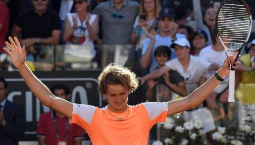 El alemán Alexander Zverev celebra su victoria en el Masters 1000 de Roma.