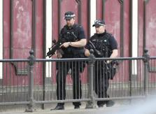 UN TERRORISTA SUICIDA