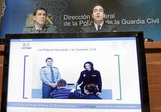 Presentación de la campaña de la Policía Nacional y la Guardia Civil para hacer frente al 'cyberbullying' .