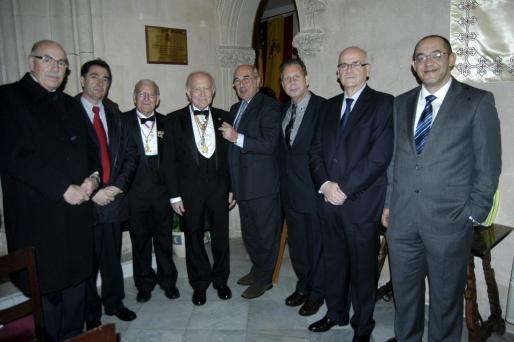 Cristobal Sbert, Xavier Bonet, José Tomàs Montserrat, Alfonso Ballesteros, Luis Alejandre, Miquel Vaquer, Salvador Moll y Pedro Campaner.