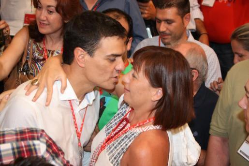Pedro Sánchez y Francina Armengol.